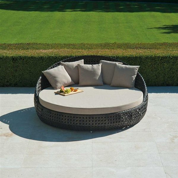 alexander rose ocean round day bed