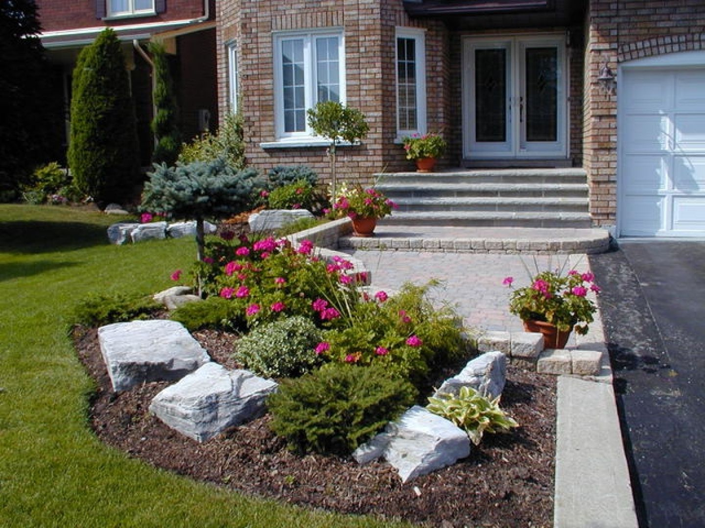 Landscape A Small Front Yard Design Ideas