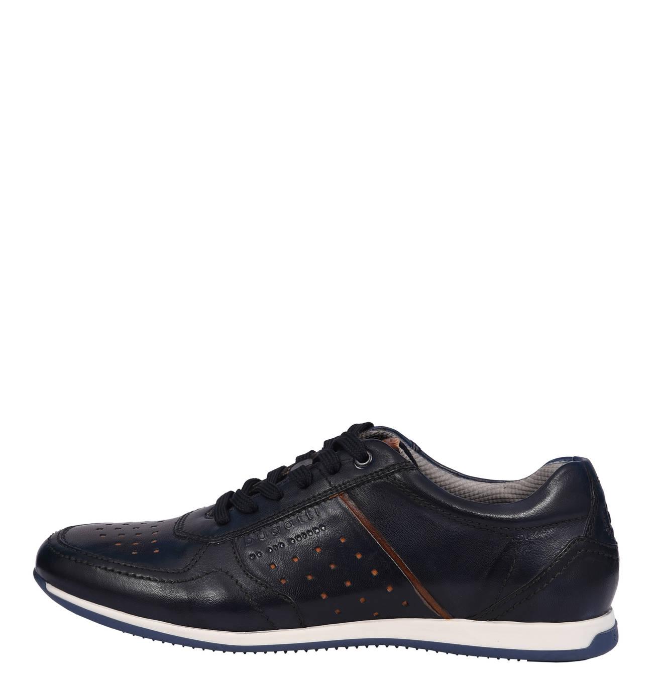 reputable site ced0b f362f bugatti Sneaker