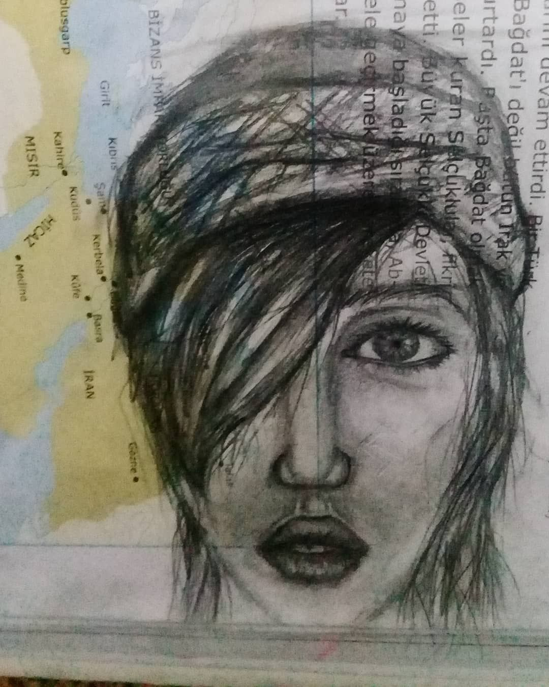 Charcoal portrait drawing light and shade application drawingsdrawings ideasdrawings easydrawings peopledrawings tumblrdrawings of people drawings