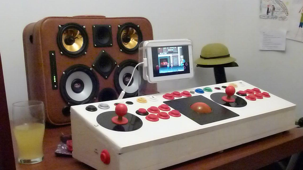 USB Arcade Joystick, including Trackball  demo with MAME on some