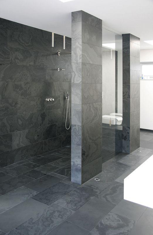 Dusche In Klaren Formen Walk In Dusche Dusche Badezimmerideen
