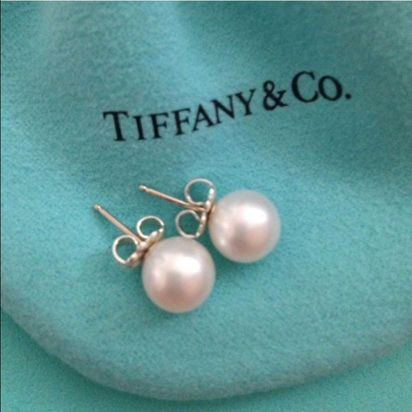 Tiffany & Co. ZIEGFELD COLLECTION PEARL EARRINGS NWT | My ...