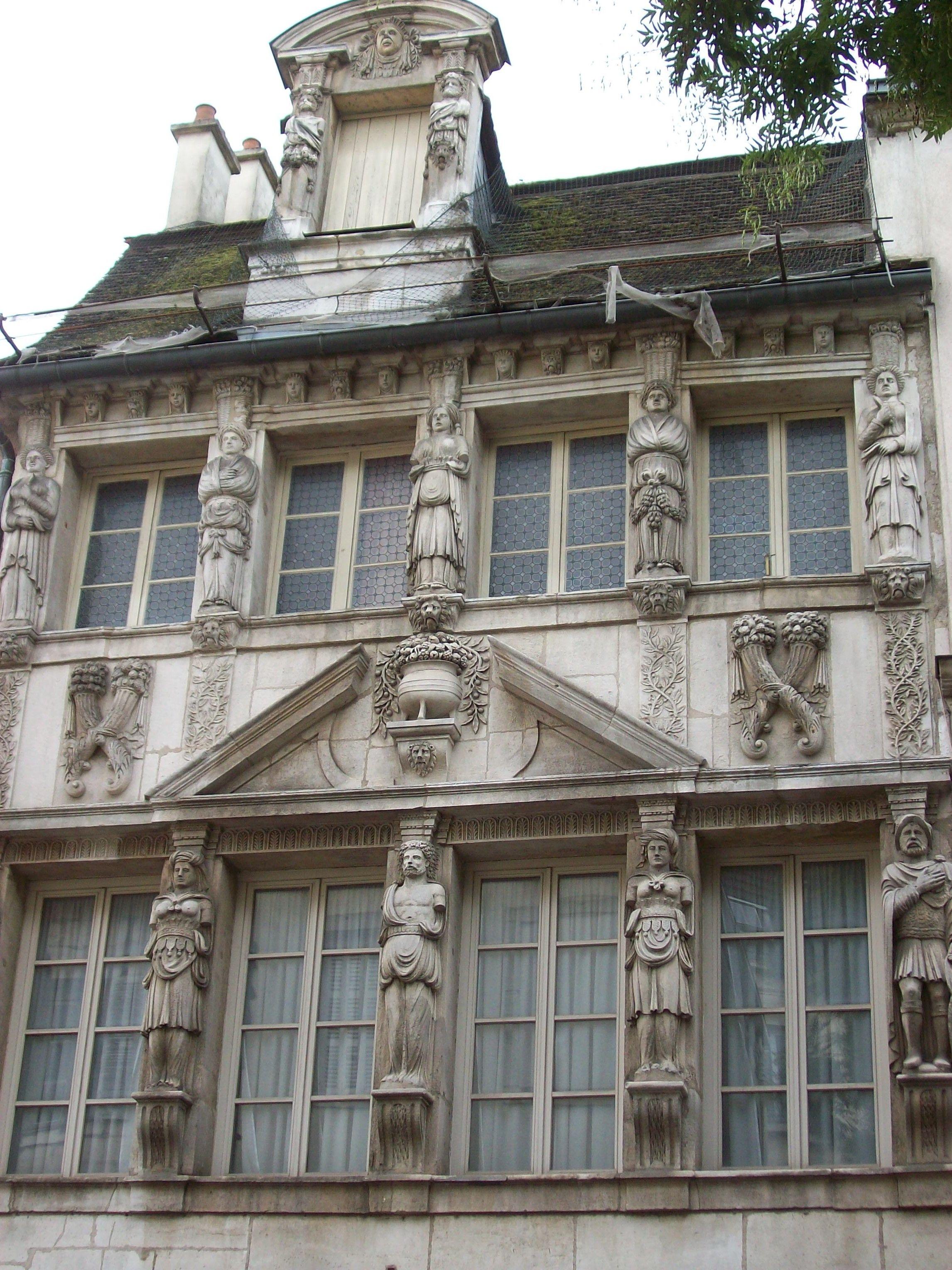 Façade Caryatides - Dijon