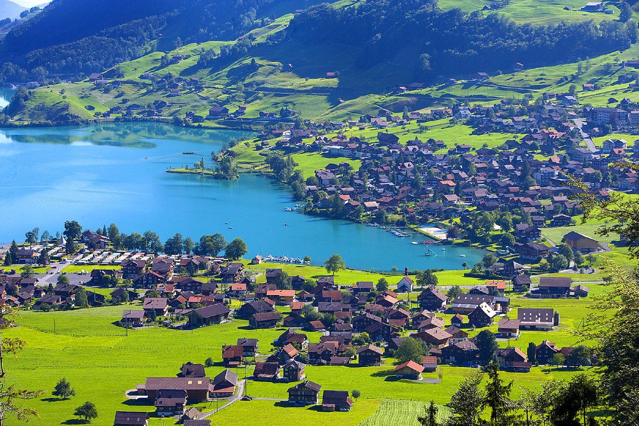 10365.  Village surrounding Lake Lungernsee near Lucerne, Switzerland - Jim Zuckerman Photography