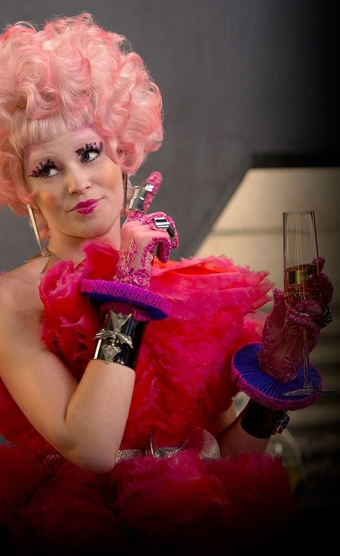 Effie Trinket (Elizabeth Banks) - Catching Fire | Craft COSTUME ...