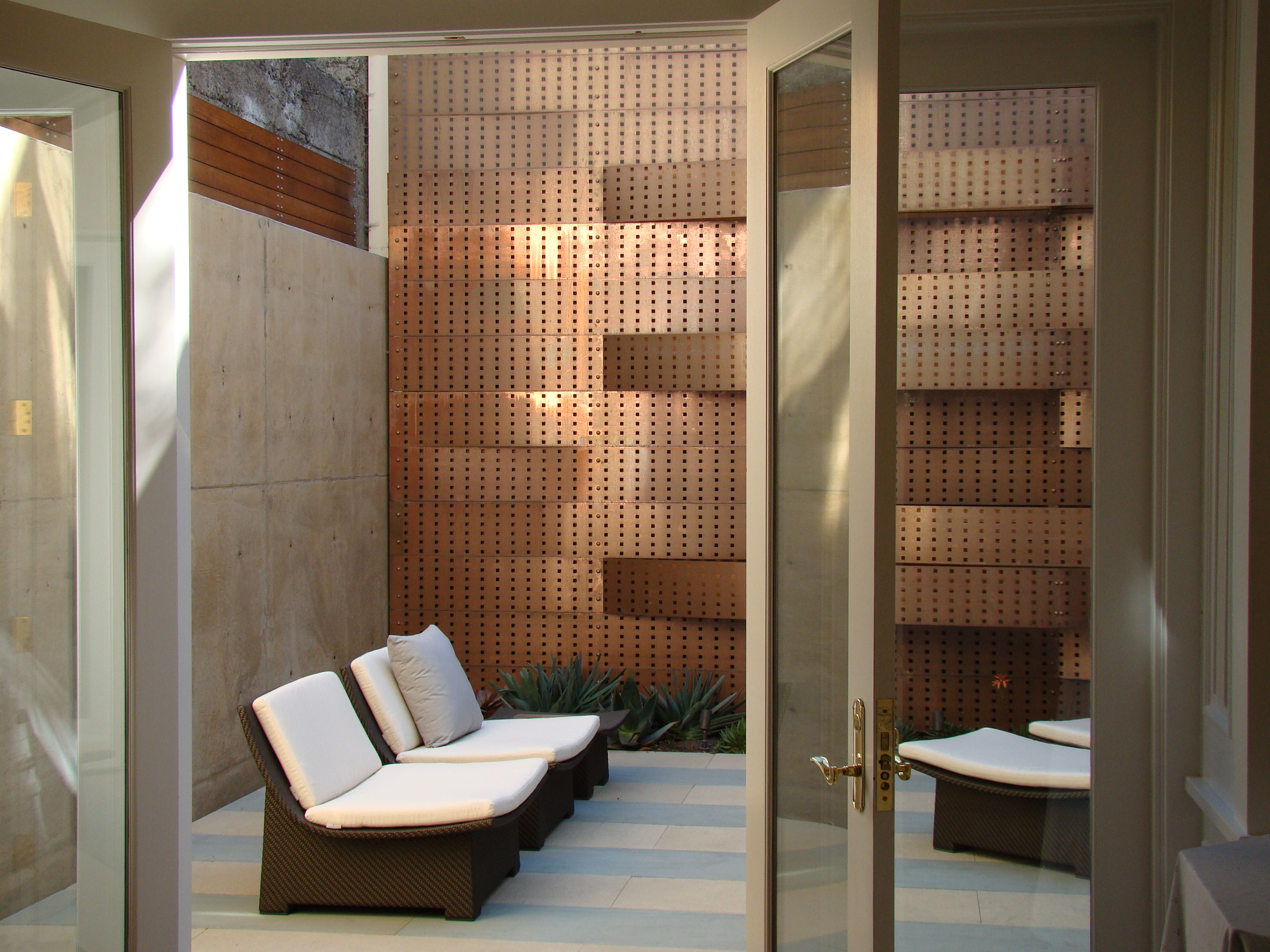 Entrance from home to minimalist zen retreat garden | Entries and ...