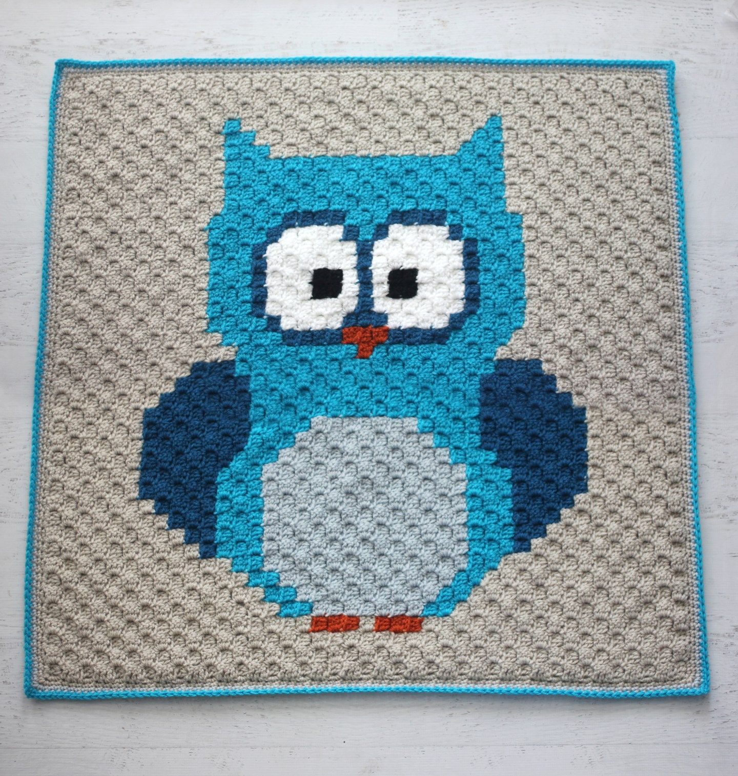 crochet owl c2c baby blanket with lion brand yarn