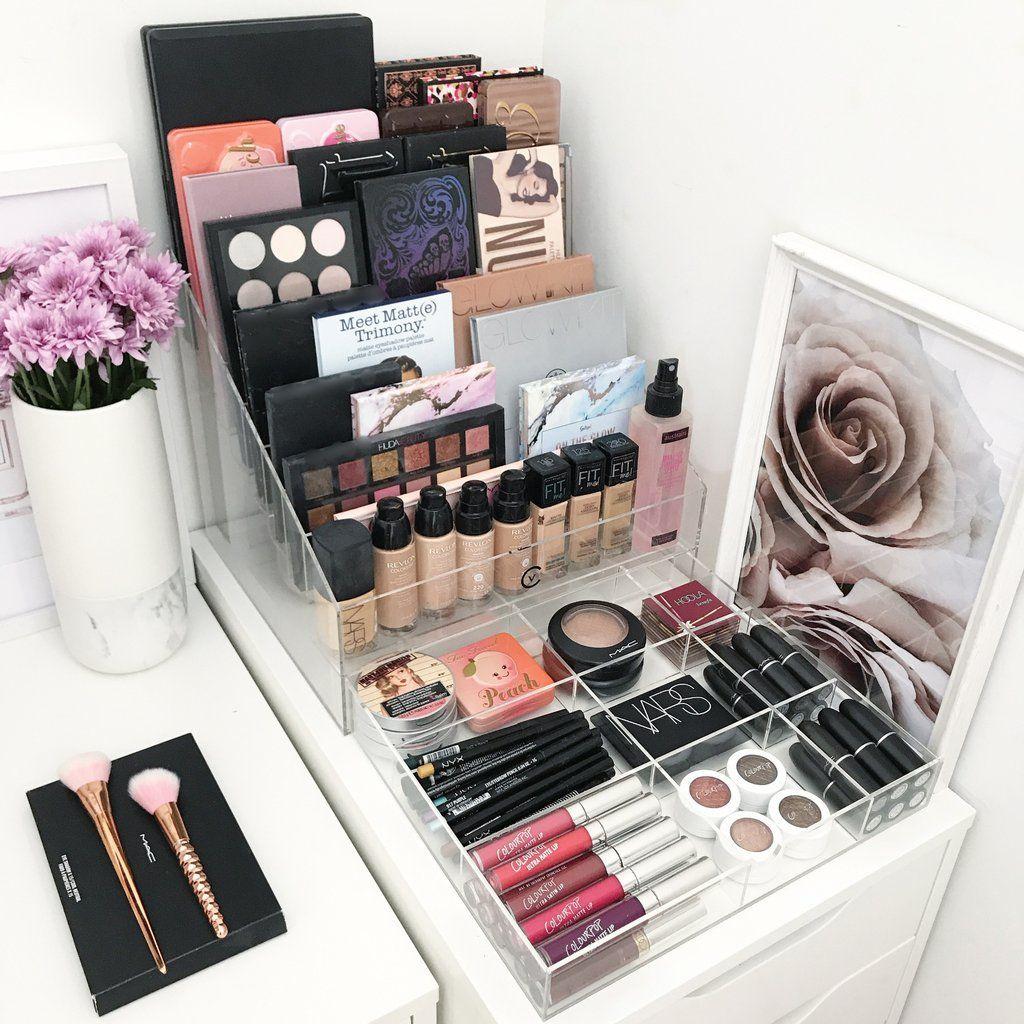 mesa de maquiagem 60 ideias para decorar e organizar. Black Bedroom Furniture Sets. Home Design Ideas