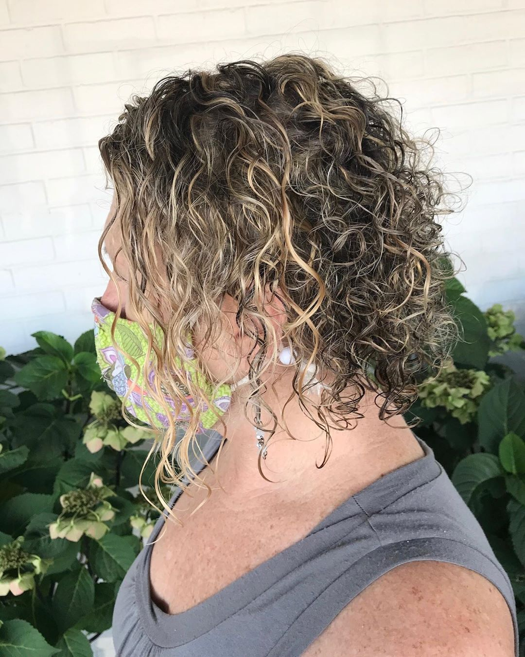 Refreshed Golden Highlights For This Beauty My Girl Paintin Place Always Lets Me Do Whatever You Want And I Lovvvve Blonde Curls Beautiful Blonde Fall Hair