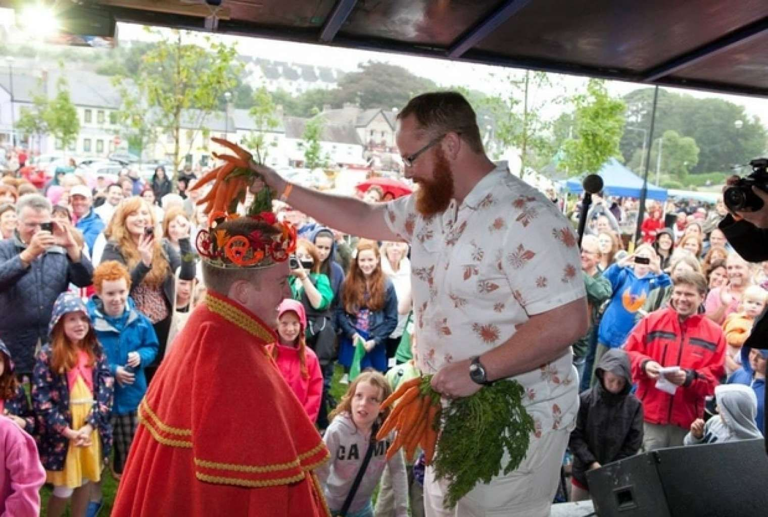 De 'Carrot Top' Koning van de Irish Redhead Convention wordt gekroond, met…
