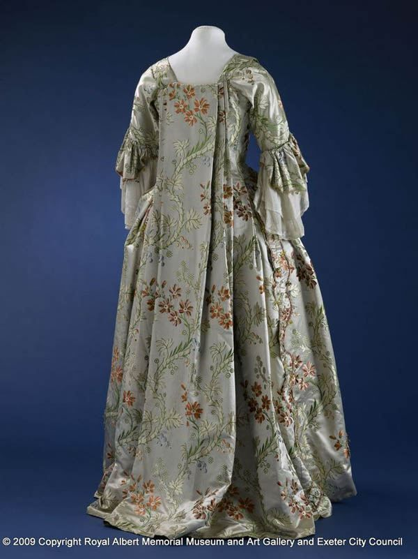 of open robe sack back gown 1750 1760