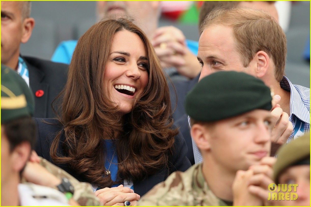 prince harry takes part in a royal photobomb 12