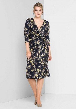 Kleider mit Drapierungen sind ideal, um den Bauch zu ...