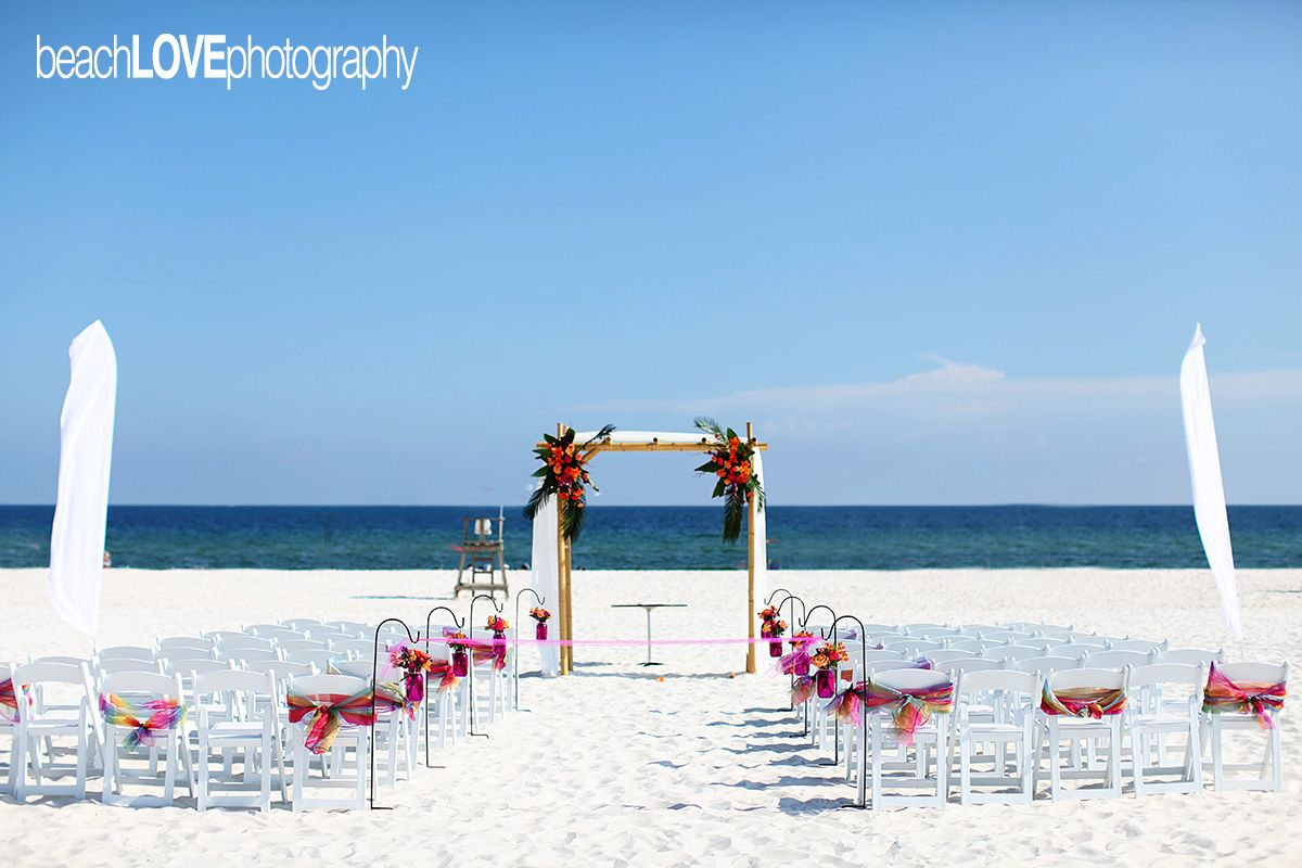 Another Gorgeous Beach Wedding At Gulf State Park In Gulf Shores Alabama Ocean View Wedding Gulf Coast Wedding Venues Ocean Manor Beach Resort