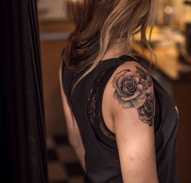 rose shoulder tattoo tattoo inspiration pinterest. Black Bedroom Furniture Sets. Home Design Ideas