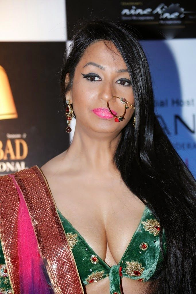 Kashmira Shah  Actress Kashmira Shah Latest Hot And Deep -3803