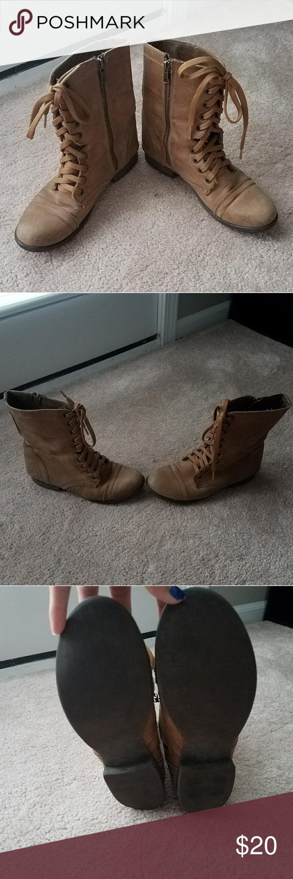 How to combat zip up wear boots