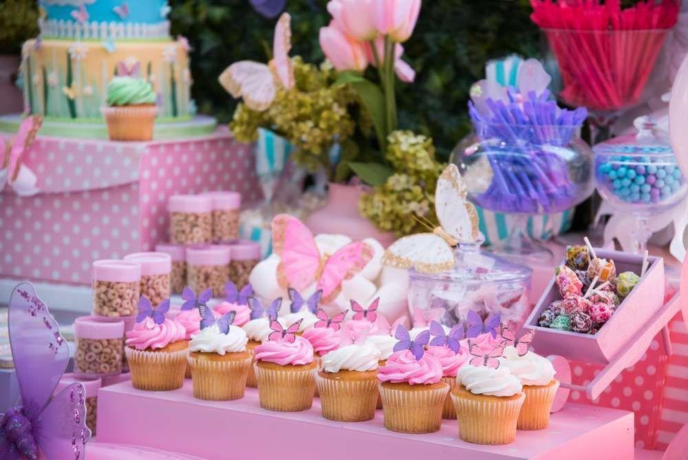 Increíble fiesta de mariposas y flores Tania Fiesta de mariposa, Piñatas de mariposas y