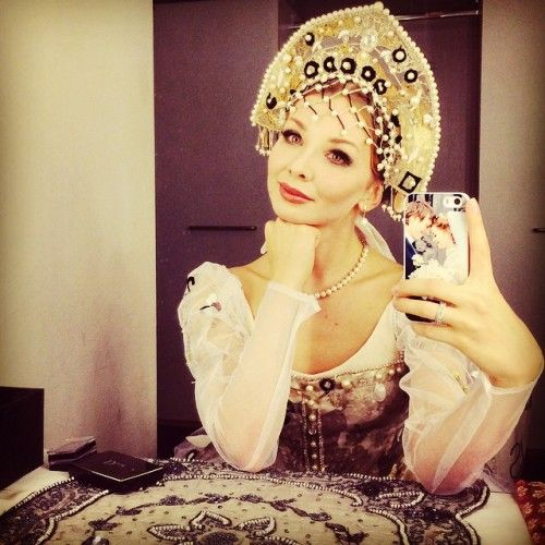 "toujoursdanser:  "" Evgenia Obratzova. LOOK AT HER PHONE CASE SHE IS TOO ADORABLE.  """
