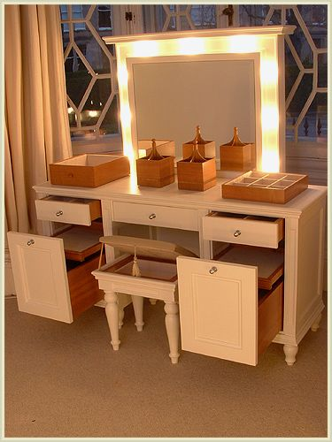 Not only is this makeup table gorgeous and with great for Dressing table with lights