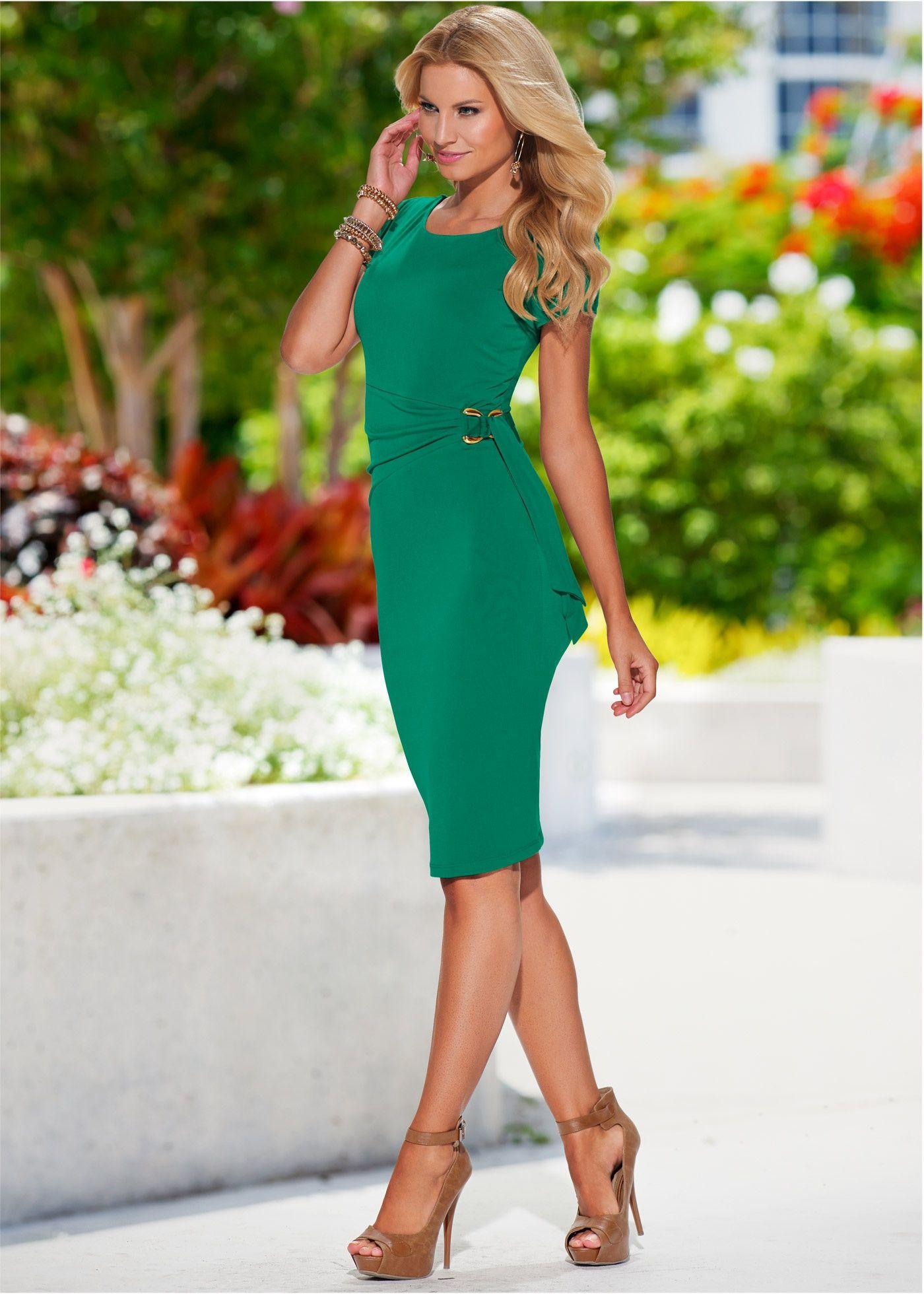 Kleid mit G rtel gr n - BODYFLIRT boutique jetzt online bei bonprix.at ab ?  34,99 bestellen. Elegant durch den Alltag! Knielanges Kleid aus weichem .