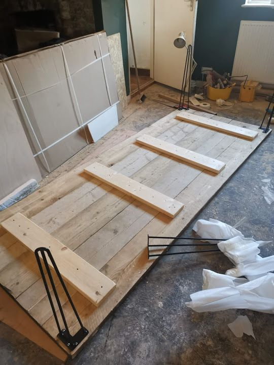 How to build a dining table from scaffold boards