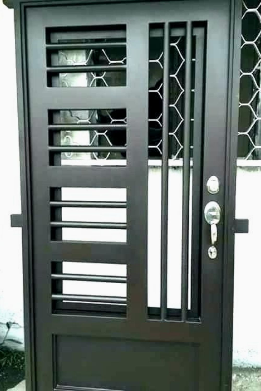 Elegant Iron Doors Black All You Need To Know 659 Modern Irondoors Design Homedesignideas Interiors Steel Door Design Metal Doors Design Iron Door Design