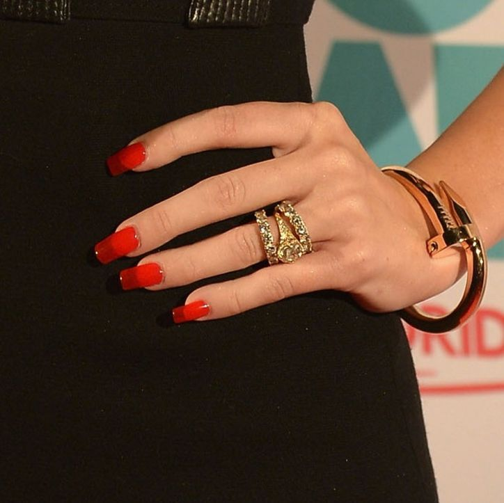 Miley Cyrus Nails | miley-cyrus-nails-zoom-w724.jpg | Miley Cyrus ...