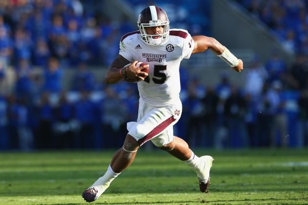 Dak Wears Walking Boot On Foot After Uk Game Mississippi State Football Mississippi State Mississippi