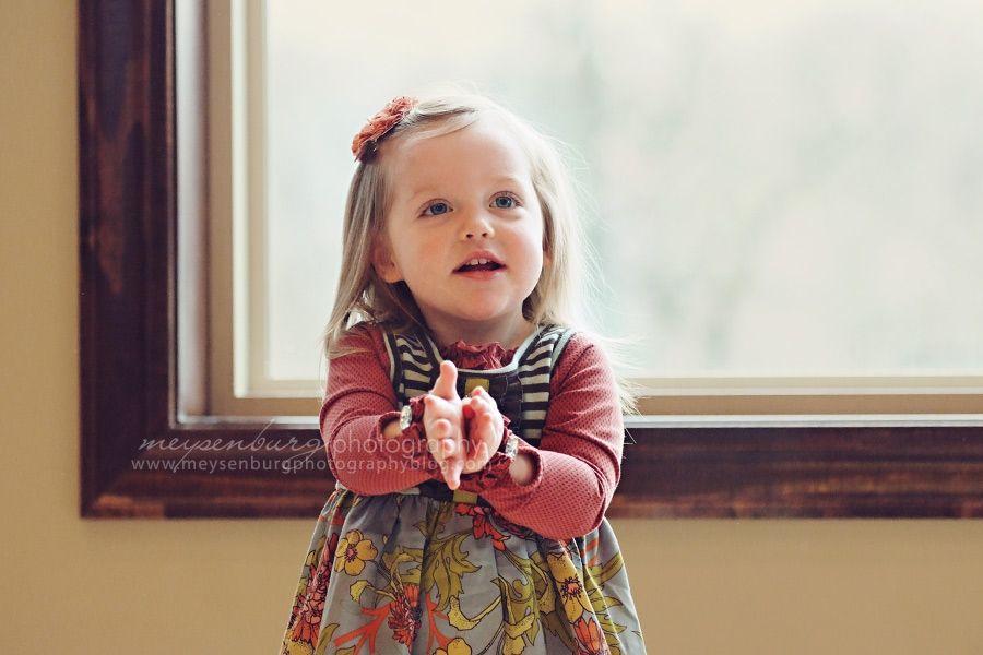 Little girl posing year photos home photo ideas with windows also rh ar pinterest