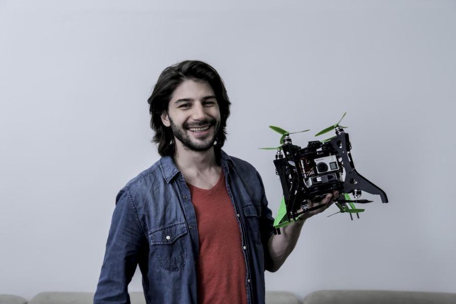 Eine Drohne mit integriertem 360-Grad-Kamerasystem – damit will Erfinder Nicolas Chibac aus Hamburg den Virtual-Reality-Markt aufmischen. Auf der Suche nach Geldgebern setzt er auf US-Firmen.