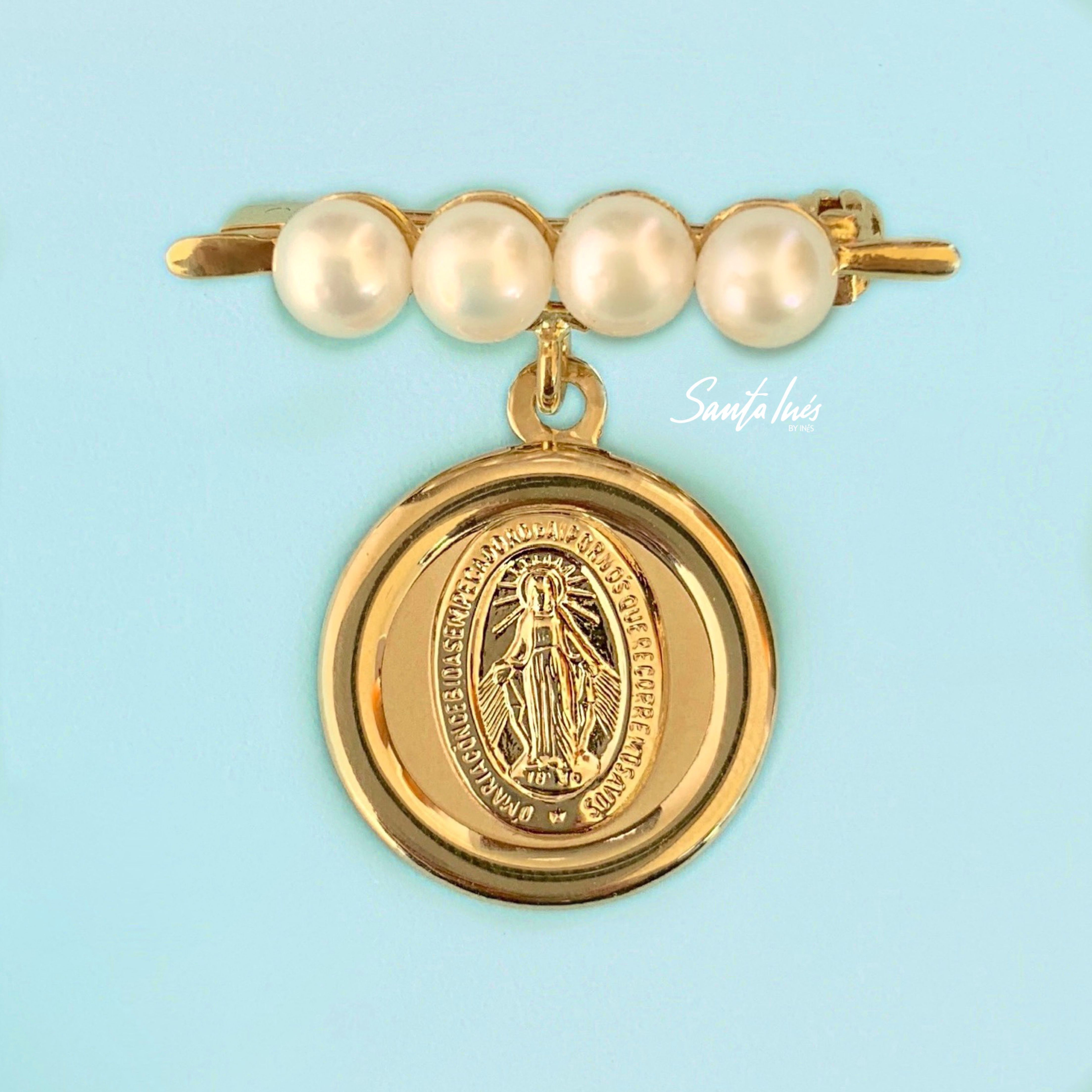 cef6cd28f8b0 Medalla en oro 14k de la Virgen de Guadalupe con prendedor Instagram   santainesmx Informes al  +52 8180294384