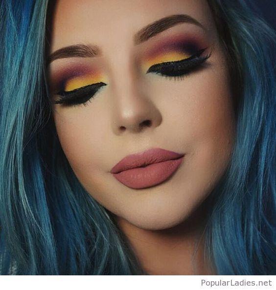 Blue Hair And A Colorful Makeup Colorful Eye Makeup Eye Makeup Makeup