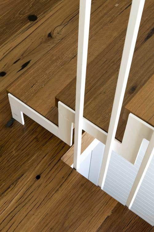 Hall Bowra Architects: Newtown House