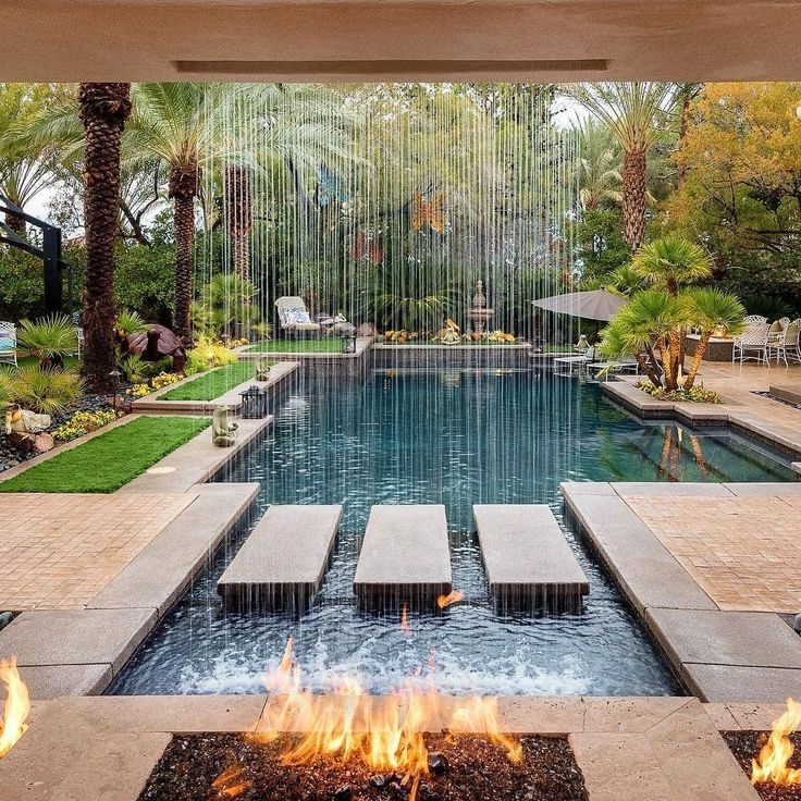 This is how you live the outdoor life in Las Vegas! @poolscapes_lv . #modernlandscapedesign