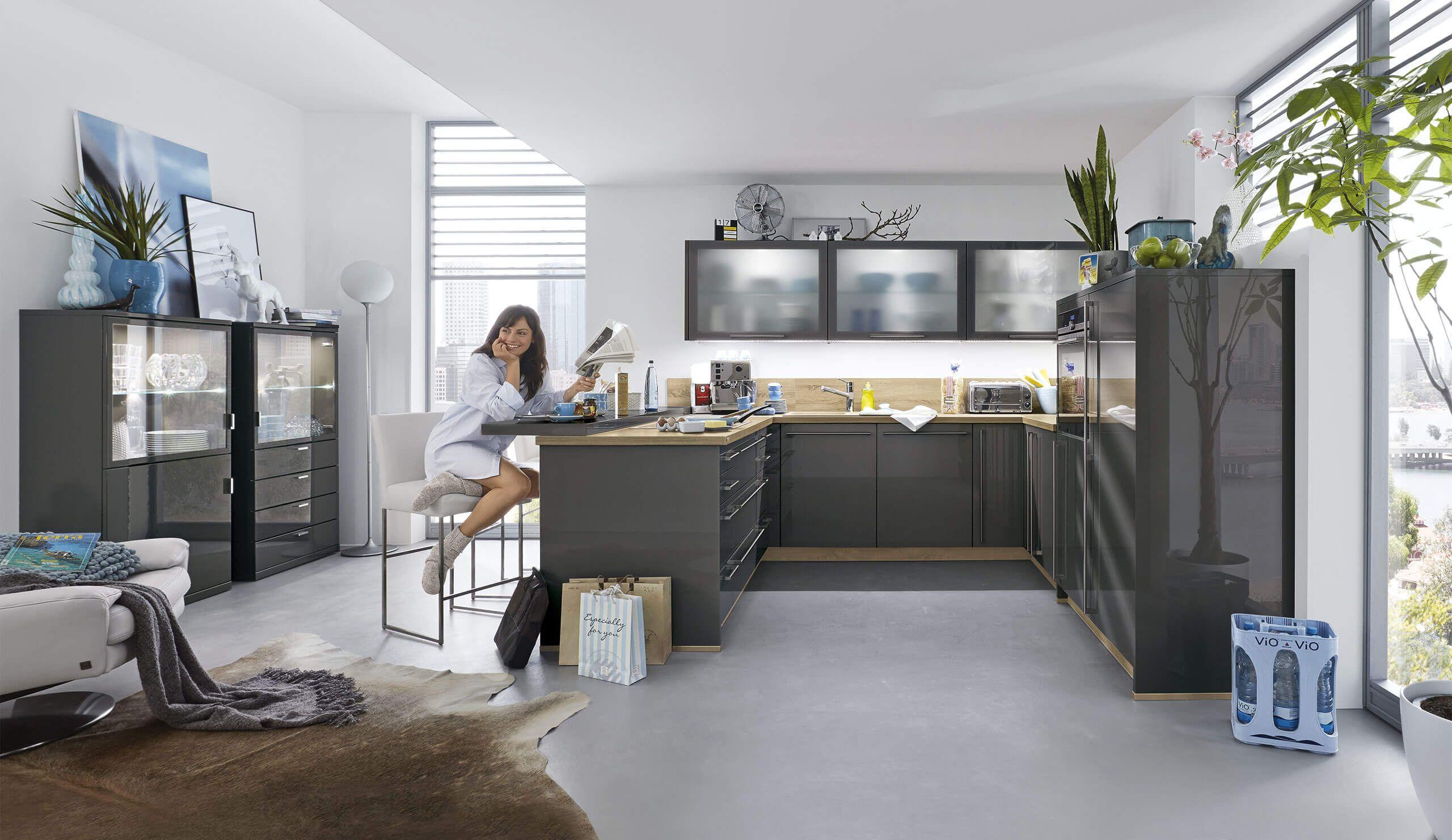 Musterring-Küche Stella 2400-Nero-Grau-Hochglanz - Küchen Quelle ...
