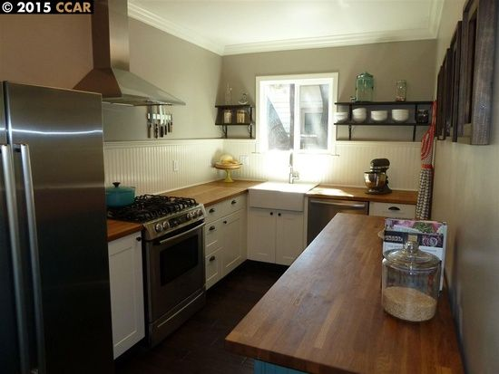2341 Bonifacio St Concord Ca 94520 Zillow Small Kitchen Kitchen Kitchen Dining
