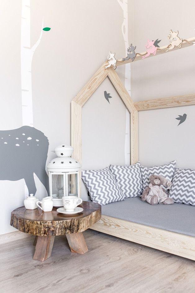 Kinderbett Aus Holz In Form Eines Hauses Himmelbett Nursery