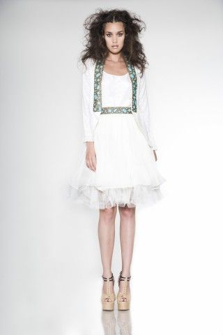 Atelier AZZA - ss-2013: all white ensemble + jeweld details