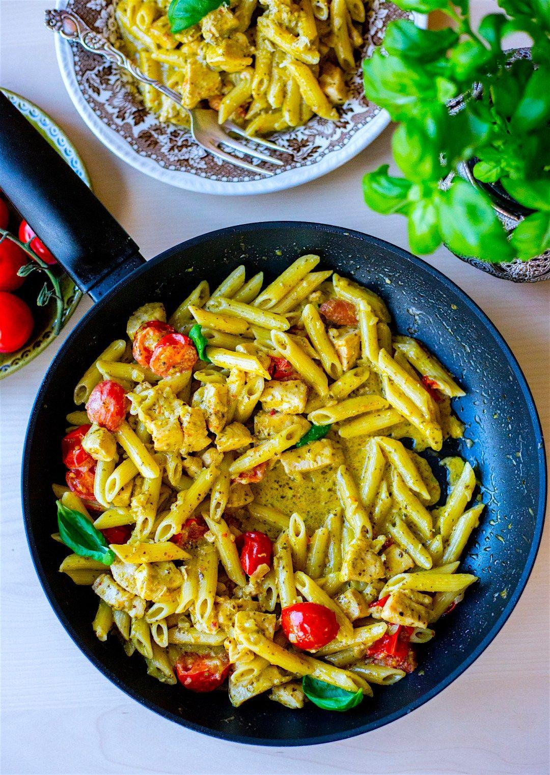 Pasta Pesto Med Kyckling Pastarecept Kvallsmat Recept Pesto