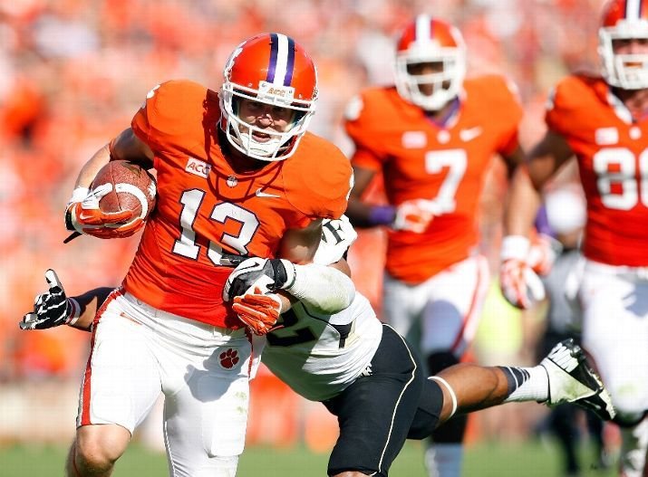 The College Football Blog Clemson Tigers Football Team Sports Pictures Clemson Football