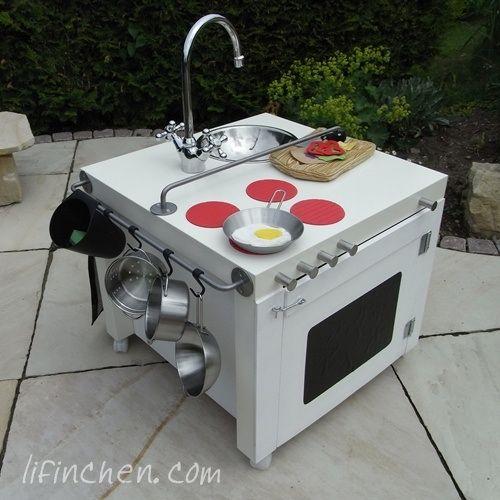cocina de juguete con taburete de ikea