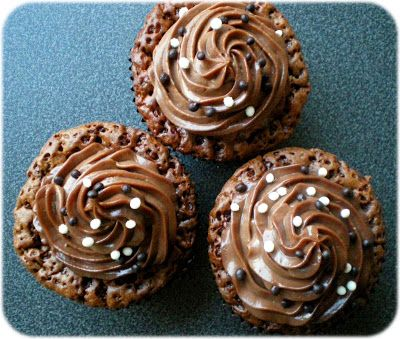 Jadeblüte: [Rezept] Schokoladen-Nutella-Cupcakes