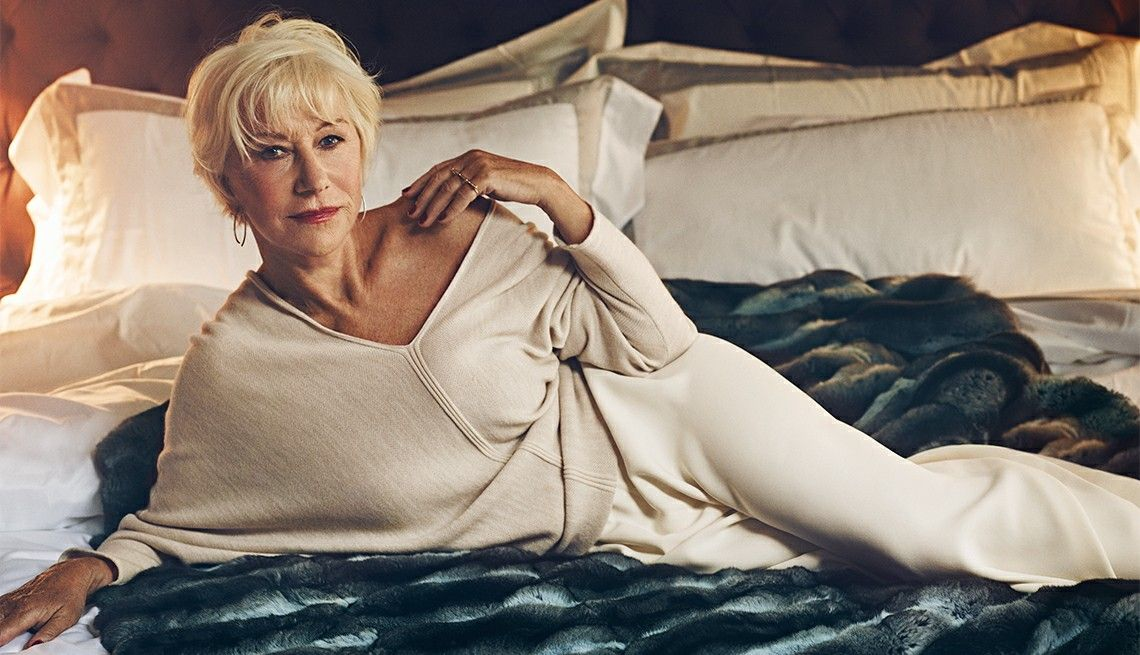 70+ Hot Pictures Of Helen Mirren Which Are Sexy As Hell