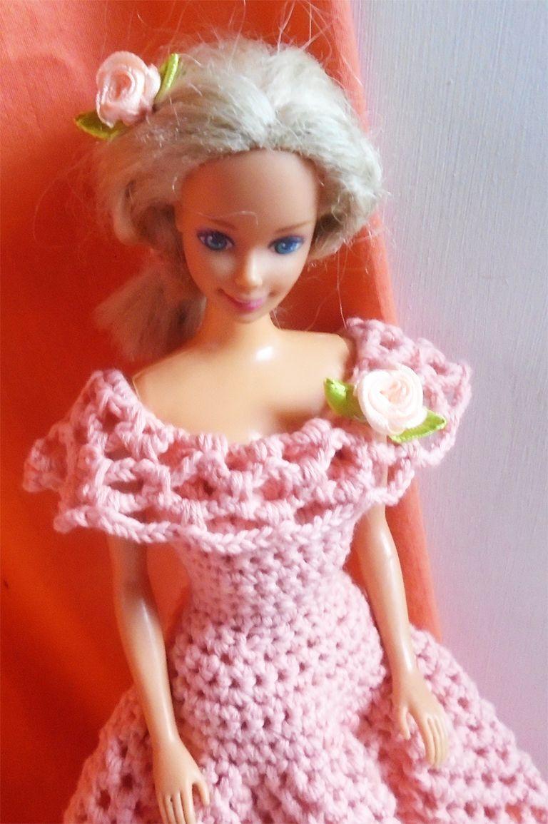 Pin de Katalin Kassai en Crochet Barbie dresses | Pinterest