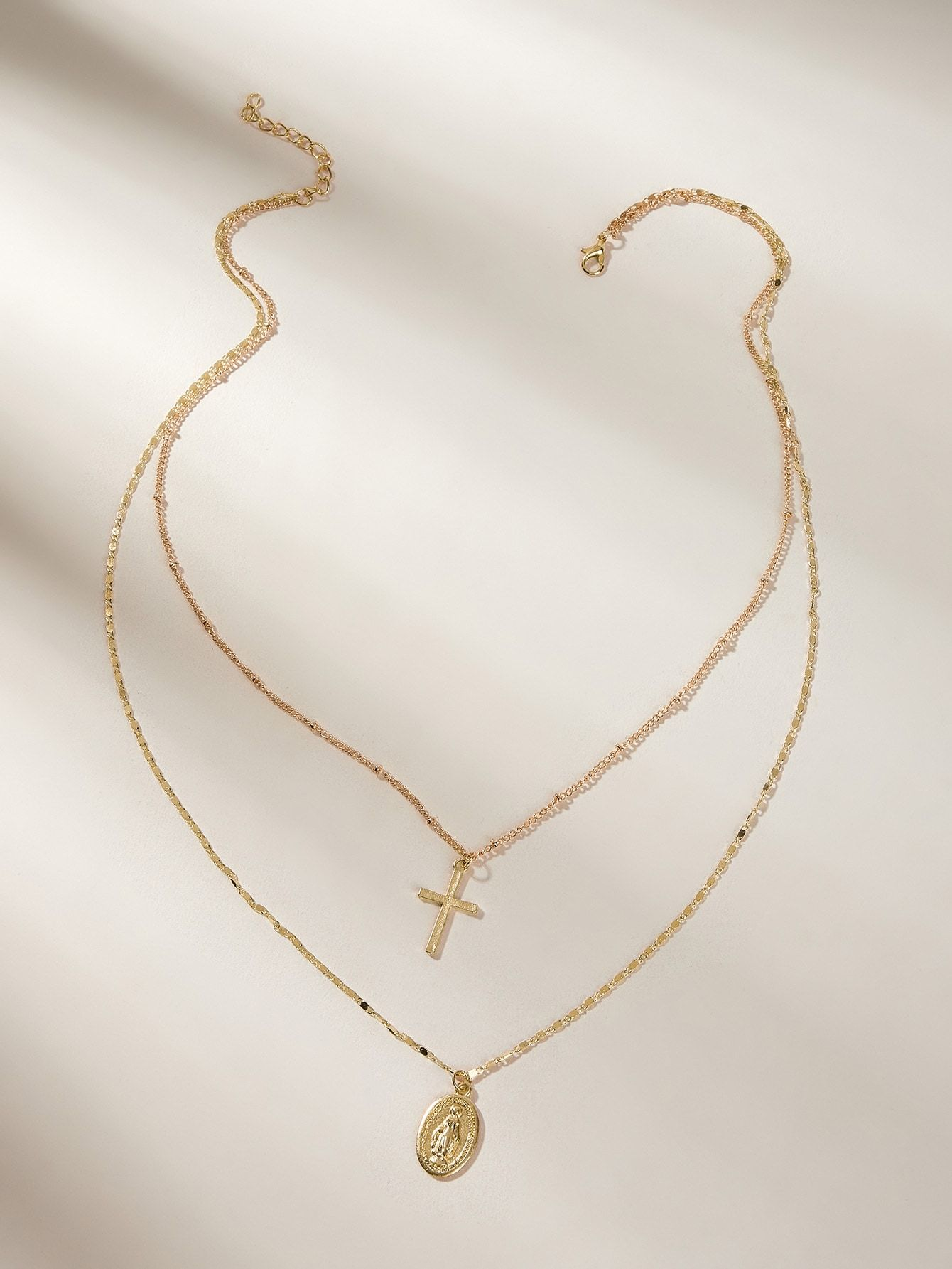 Star Pendant Double Layered Chain Necklace 1pc