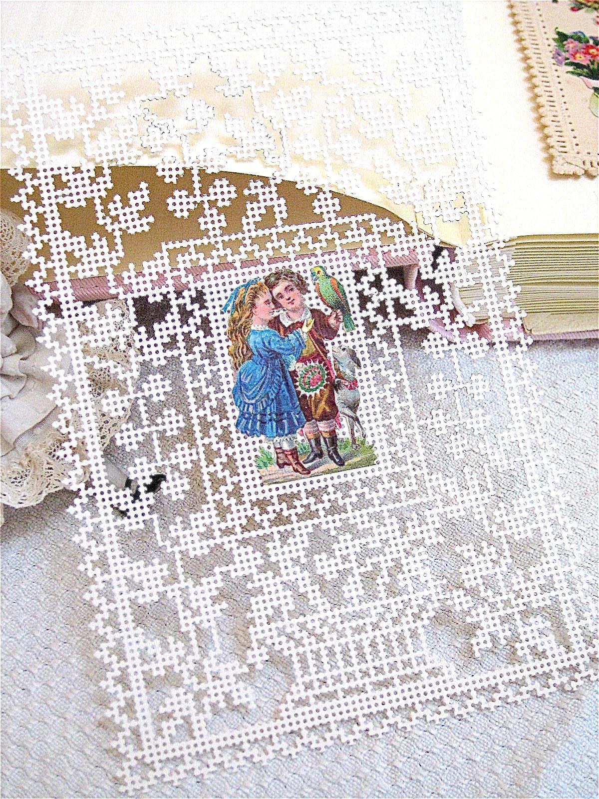 linho e alfazema perforated card  paper embroidery
