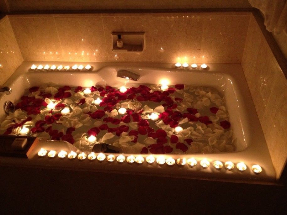 romantic bathroom with candles The Proposal Jason Amp Heidi39s