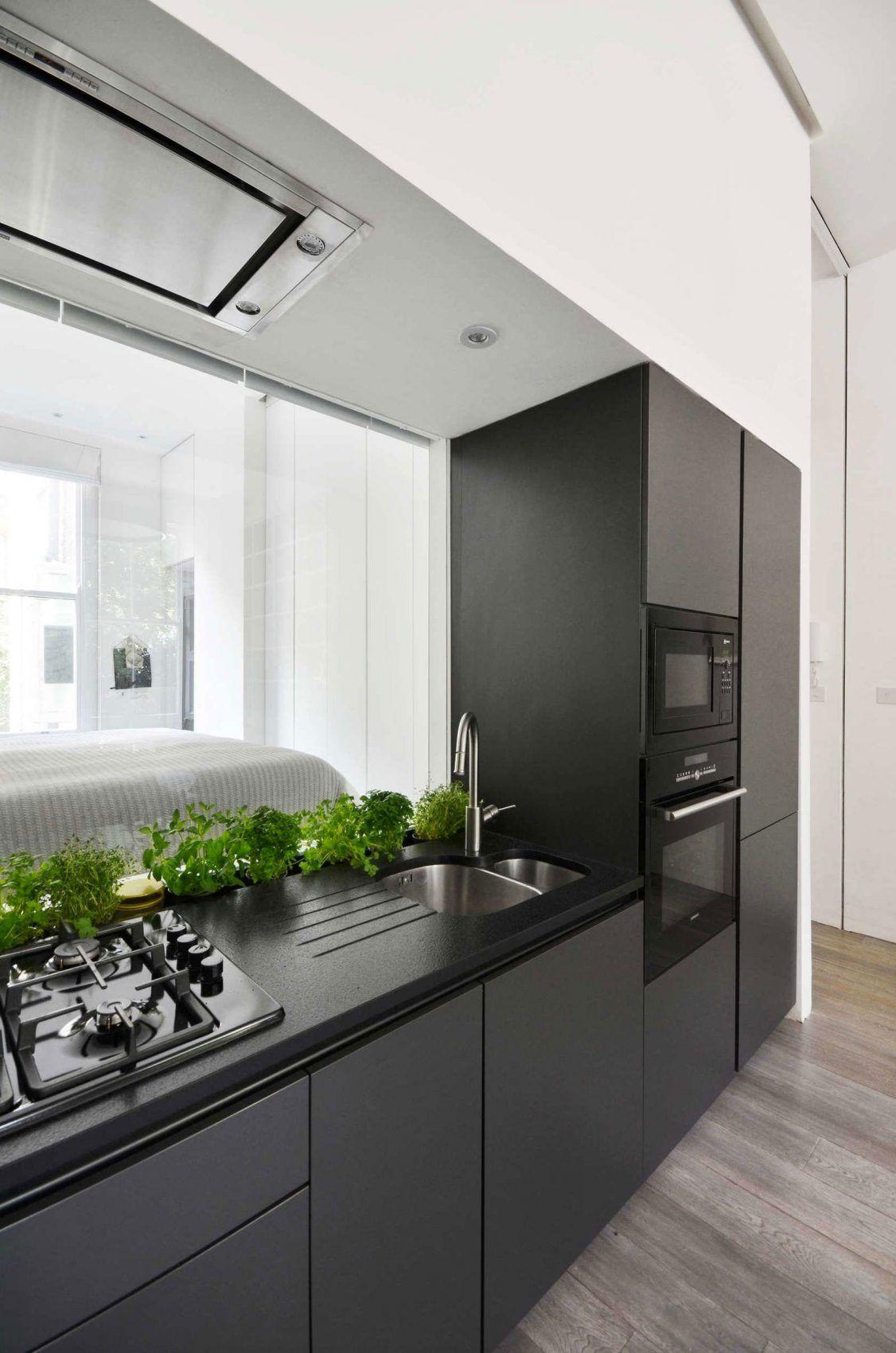 Nevern Square Apartment by Daniele Petteno Architecture (5)